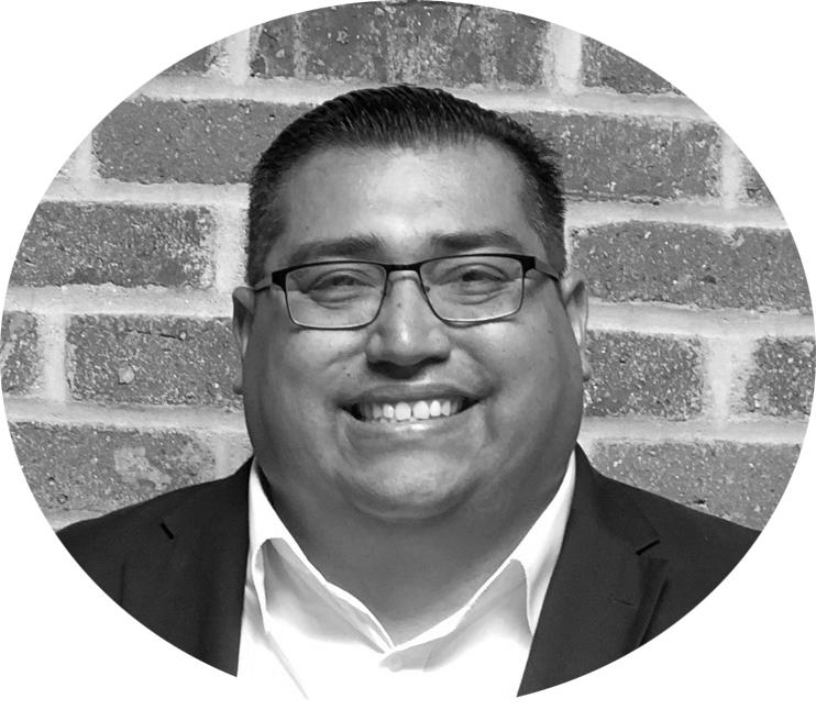 Luis Sandoval Headshot