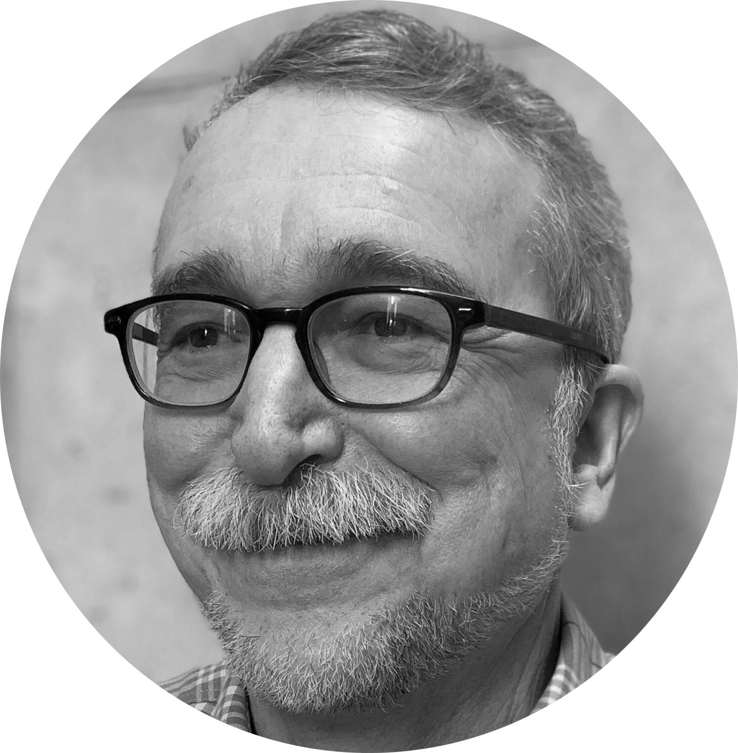 Michael Kushner Headshot